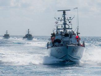 Israeli Warship Destroys Suspected Gaza Terror Boat 3
